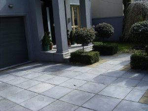 Paving Driveway And Entrance